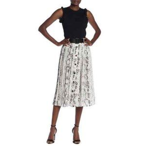 Laundry by Shelli Segal Snake Print Pleated Skirt
